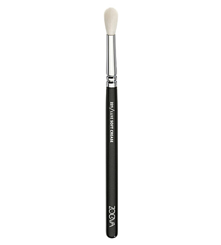 Zoeva 221 brush